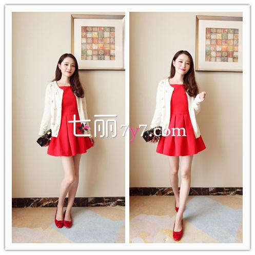 针织衫外套+高腰连衣裙搭配LOOK2
