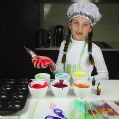 澳大利亚8岁女孩网上教烹饪 月入79万