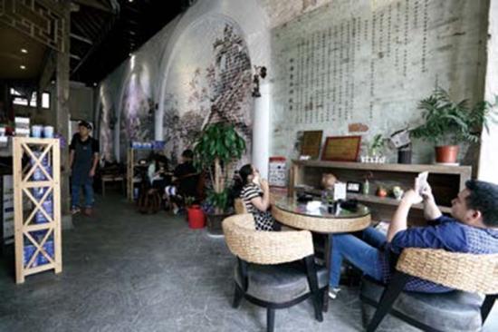 椰语堂优雅的环境使其成为喧嚣都市的第三空间