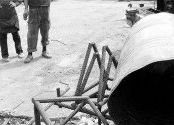 废品站铁桶爆炸
