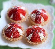 草莓奶油塔